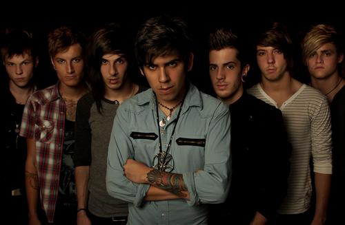 File:Crown The Empire 242405 519111854781754 5112845.jpg