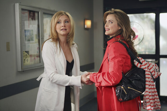 File:6x18 Elliot and Melody 2.jpg