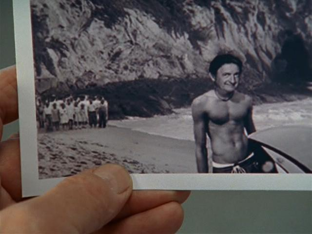 File:6x12 young Kelso on beach.jpg