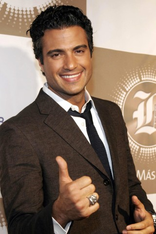 File:Tv-jaime-camil.jpeg