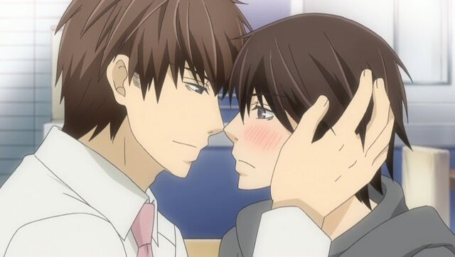 File:Chiaki and Hatori make up ep06.jpg