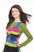 Selena-Gomez-Wizards-Of-Waverly-Place