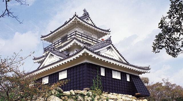 File:Hamamatsu Castle.jpg
