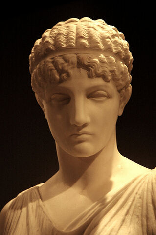 File:Angry woman, beauty, female bust, nice nose, hair band, Greek statue, De Young Museum, San Francisco, California, USA.jpg