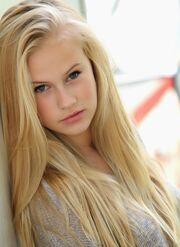 Danika-Yarosh-photo