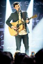 2015-Juno-Awards-Show7