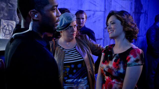 File:1x2 Rebecca and Paula and bouncer2.jpg