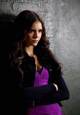 File:Katherine-Pierce-2x04-memory-lane-the-vampire-diaries-katherine-and-her-boys-15798557-556-800.jpg