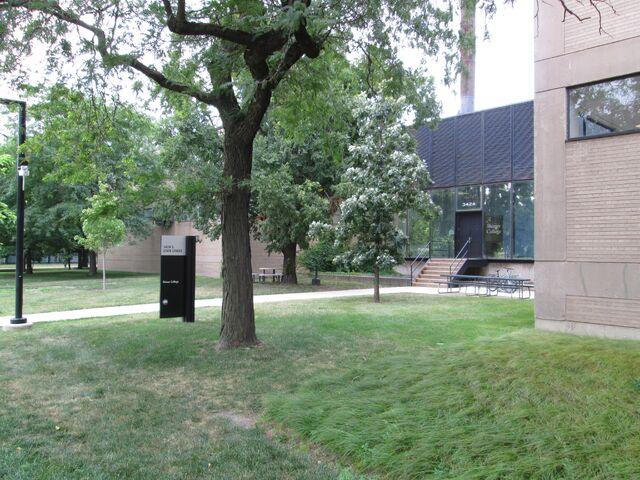 File:Shimer College admissions entrance from southwest.jpg