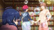 Sōma shakes hands with Satoshi
