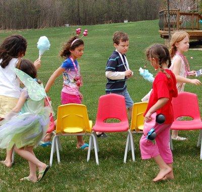 File:Blog Musical Chairs.jpg