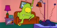Alien couch gag
