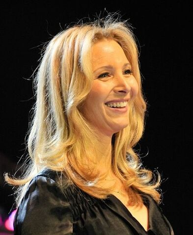 File:Lisa-Kudrow.jpg