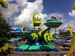 File:Universal Studios Kang & Kodos Twirl N Hurl.jpg