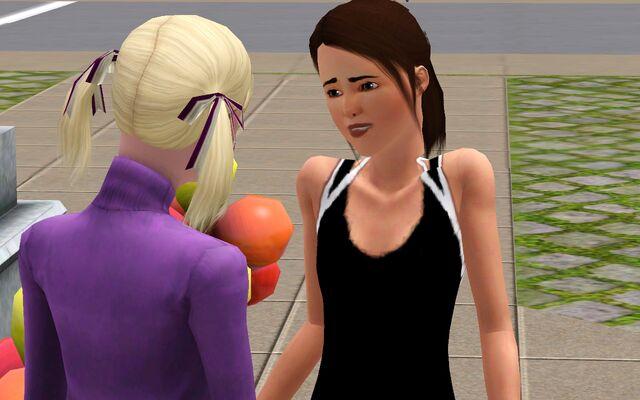 File:Leona and Darlene 2.jpg