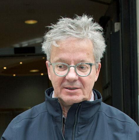 File:Mark-Mothersbaugh-eyeglasses.jpg