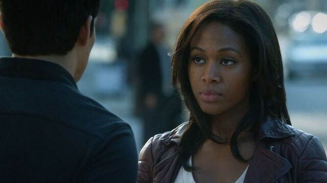 File:Sleepy-Hollow-Nicole-Beharie-as-Lt.-Grace-Abigail-Abbie-Mills.jpg