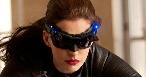 File:Anne-Hathaway-Catwoman-Glasses-Dark-Knight-Rises.jpg