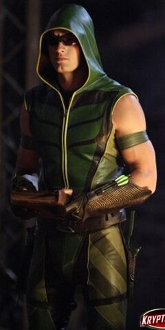 File:Green Arrow SV TV S08 Hex Ollie.jpg