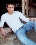 Jensen Ackles Alyson Dyer 2004-02