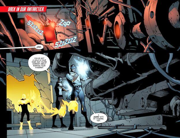 File:Smallville - Chaos 006-002.jpg