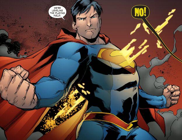 File:Smallville - Lantern 011-019.jpg