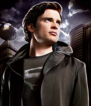 File:Smallville-temporada-final-300x350.jpg