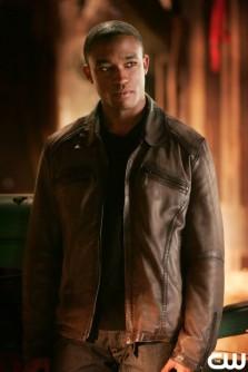 File:223px-Victor Stone Smallville 001.jpg