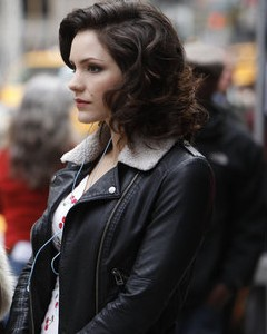 File:Nbcs-smash-stars-american-idol-alum-katharine-mcphee-as-an-up-and-coming-actress-trying-to-land-a.jpg