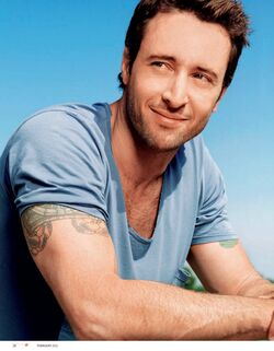 Alex-o-loughlin-11