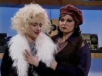 File:SNL Roseanne Barr - Rosie O'Donnell.jpg