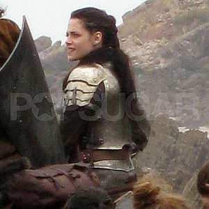 File:Snow-white-huntsman-2.jpeg