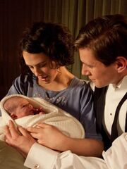 Downton-Abbey-Ep5---Lady-Sybil-and-Tom-Branson