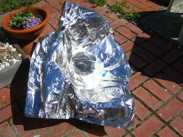 File:Ultralight cooker experiment-1.JPG