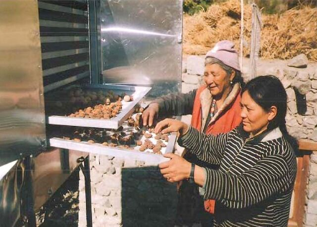 File:C. Palaniappan food drying 2006.j-pg.jpg