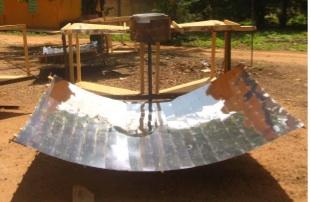 File:Petisos Solar Cooker photo 1.jpg