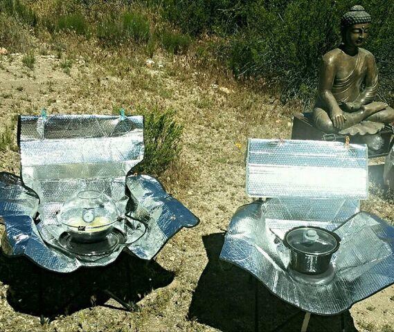 File:Chair base windshield cooker, 5-31-17.jpg