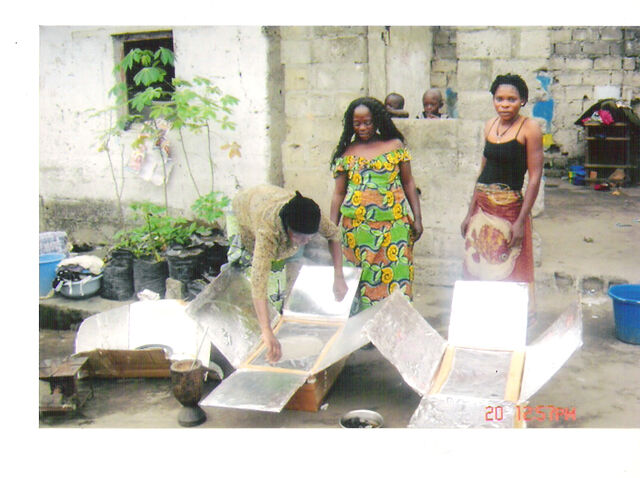 File:Photographe Sylvain - Kimour KALUBI Nkishi Bisatu (B) Kinshasa,C.jpg
