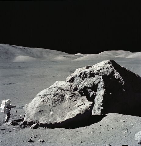 File:Boulder AND astronaut.jpg