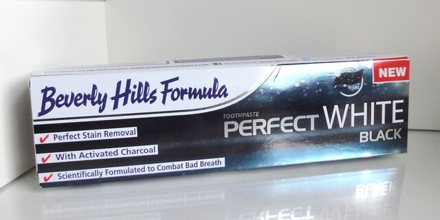 File:Beverly-Hills-Formula-Perfect-White-Black-Toothpaste-Packaging.jpg