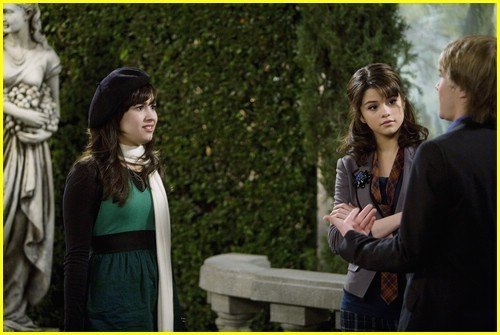 File:SWAC-Battle-of-the-Network-Stars-1-13-Promo-sonny-with-a-chance-6698937-500-335.jpg