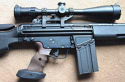 250px-HK SR9T right