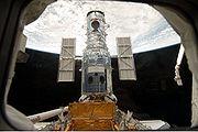 File:Hubble docked in the cargo bay.jpg