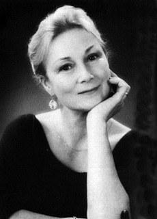 File:Rosemary Harris.jpg