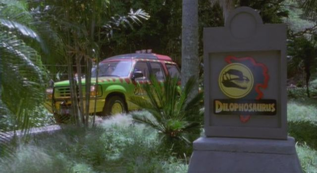 File:Dilophosaurus pen.jpg