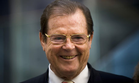 File:The Real Roger Moore 007.jpg