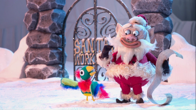 File:Potty with Santa.png