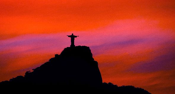 File:Silhouette-View-Of-Christ-The-Redeemer-During-Sunset.jpg