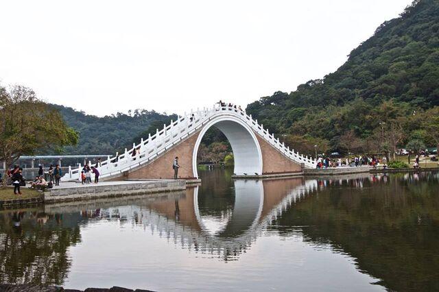 File:RealWorld French Bridge.jpg