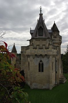 File:RealWorld Vez Castle.jpg
